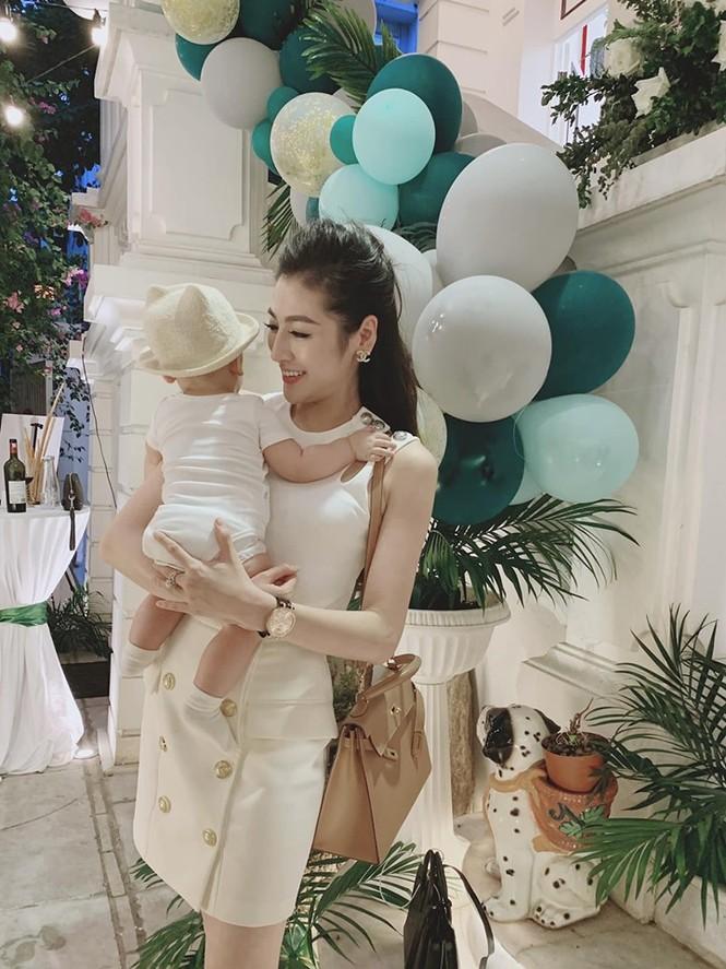 Hoa hậu Mai Phương Thuý: 'Không có ý định kết hôn trong năm năm tới' - ảnh 12