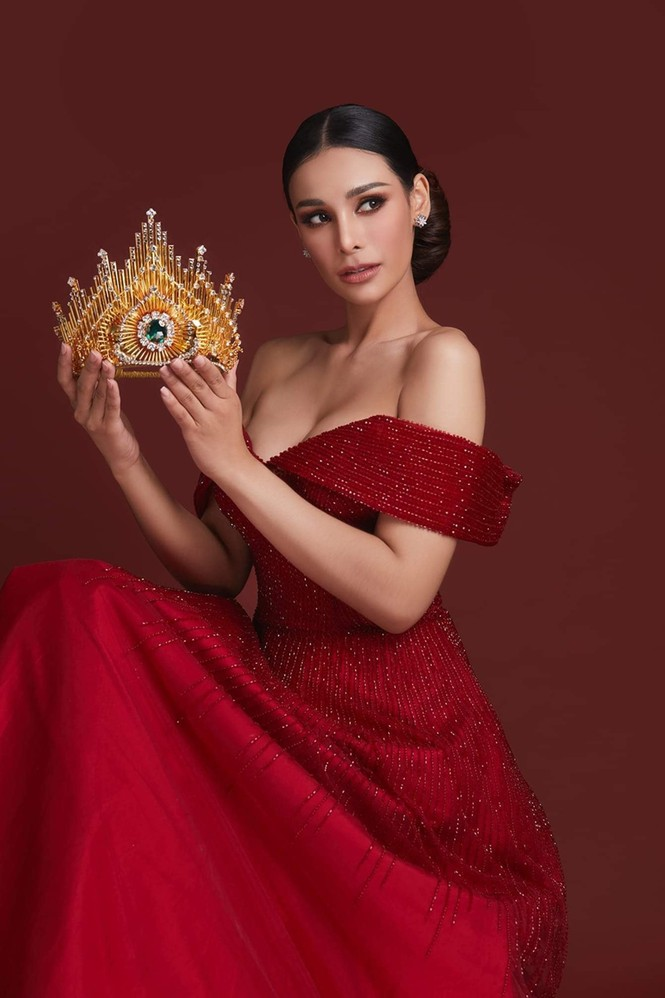 Body nóng bỏng của tân hoa hậu đang bị tẩy chay dữ dội ở Thái Lan  - ảnh 9