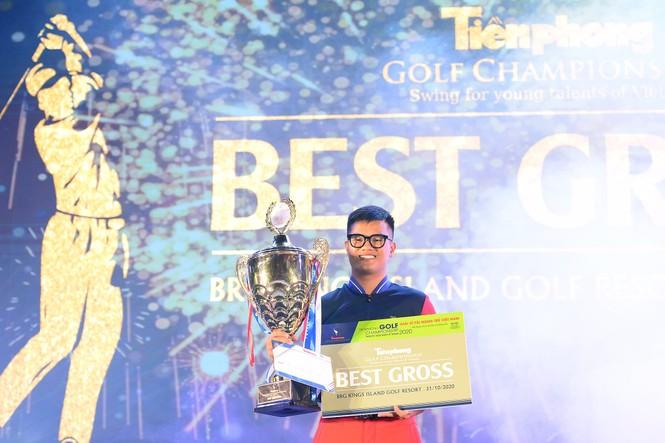 Golfer 17 tuổi Nguyễn Nhất Long vô địch Tiền Phong Golf Championship 2020 - ảnh 1