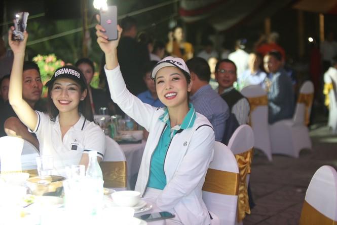 Golfer 17 tuổi Nguyễn Nhất Long vô địch Tiền Phong Golf Championship 2020 - ảnh 17