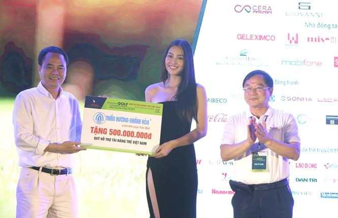 Golfer 17 tuổi Nguyễn Nhất Long vô địch Tiền Phong Golf Championship 2020 - ảnh 12