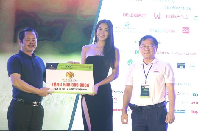 Golfer 17 tuổi Nguyễn Nhất Long vô địch Tiền Phong Golf Championship 2020 - ảnh 13