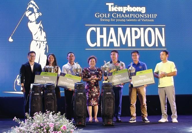 Golfer 17 tuổi Nguyễn Nhất Long vô địch Tiền Phong Golf Championship 2020 - ảnh 4