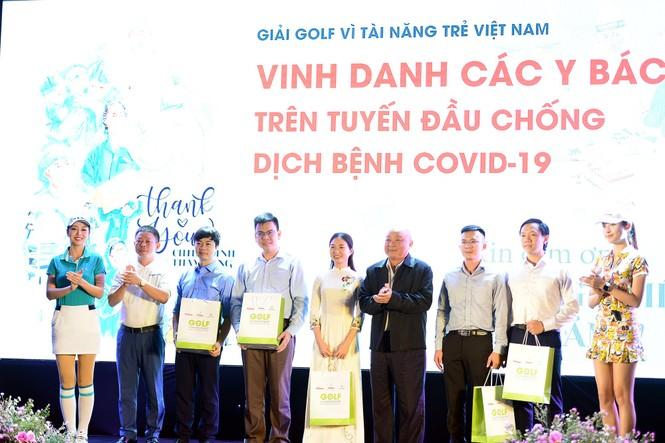 Golfer 17 tuổi Nguyễn Nhất Long vô địch Tiền Phong Golf Championship 2020 - ảnh 18