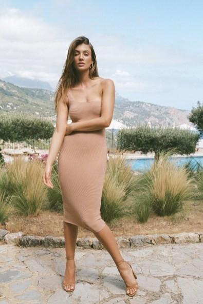 Vóc dáng tuyệt mỹ của chân dài 9x Lorena Rae cao 1m80 - ảnh 12