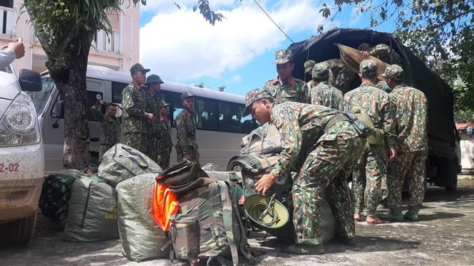 Vụ sạt lở 43 người mất tích ở Quảng Nam: Tìm được hàng chục người còn sống - ảnh 9