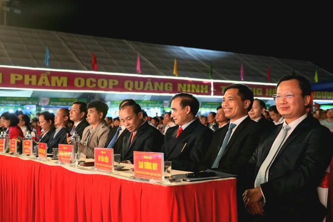 Rực rỡ sắc màu các dân tộc vùng Đông Bắc tỉnh Quảng Ninh - ảnh 2
