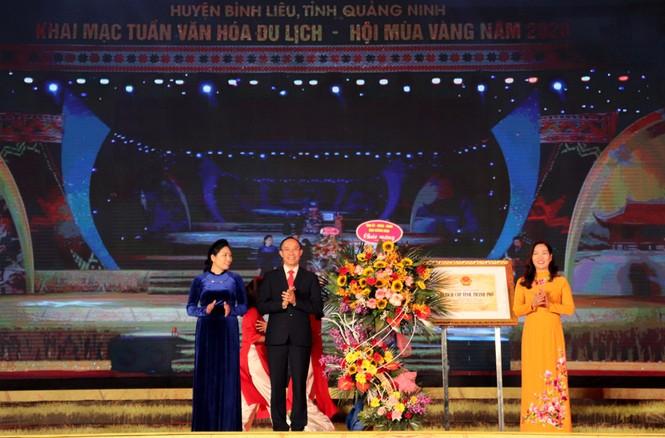 Khai mạc Tuần Văn hóa - Du lịch và Hội Mùa vàng huyện Bình Liêu năm 2020 - ảnh 2