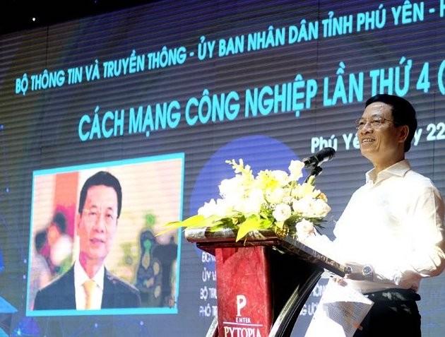 Bộ trưởng Bộ TT-TT Nguyễn Mạnh Hùng: Hạt nhân chuyển đổi số là các doanh nghiệp công nghệ số - ảnh 1