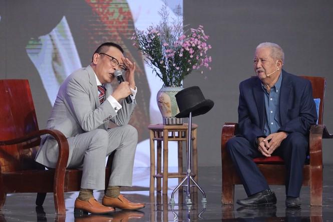 Nghệ sĩ Mạc Can tái xuất, khiến MC Lại Văn Sâm 'toát mồ hôi' nhận làm 'sư phụ'  - ảnh 2