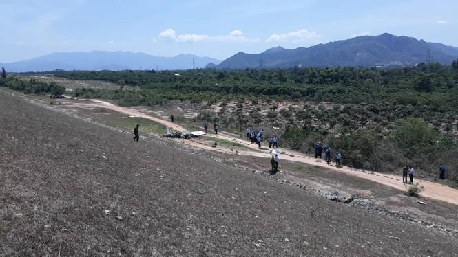 Máy bay quân sự rơi ở Khánh Hoà, hai phi công tử nạn - ảnh 1
