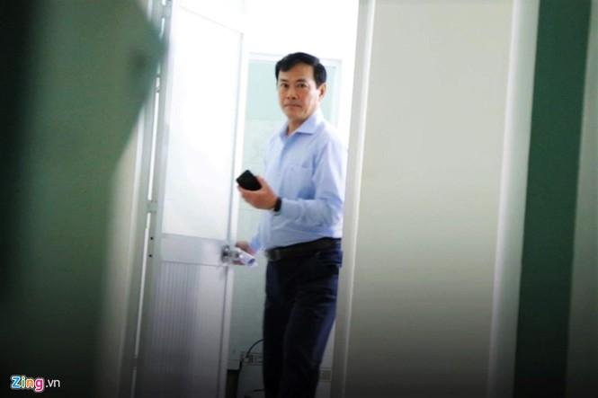 Cận cảnh phiên xử cựu viện phó Nguyễn Hữu Linh - ảnh 4