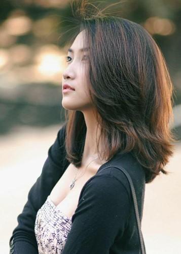Nhan sắc ngọt ngào, gợi cảm của vợ 'anh Hai' Lam Trường - ảnh 2