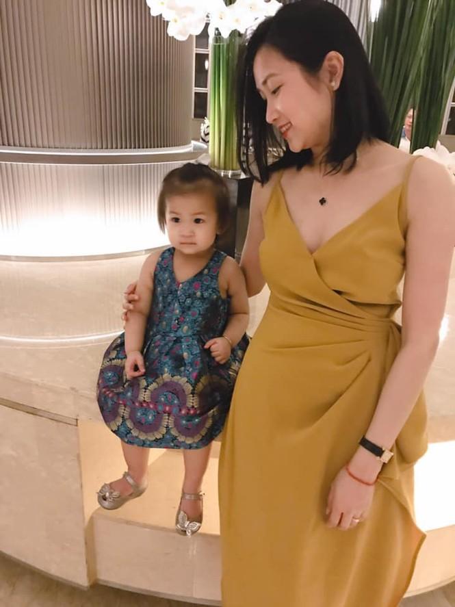 Nhan sắc ngọt ngào, gợi cảm của vợ 'anh Hai' Lam Trường - ảnh 8
