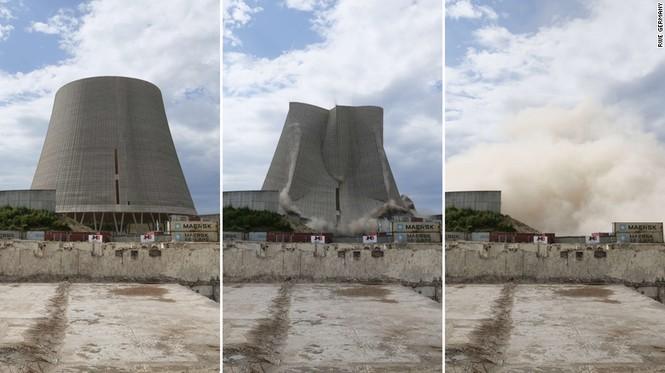 Tháp nhà máy điện hạt nhân Đức bị robot đánh sập như phim tận thế - ảnh 2