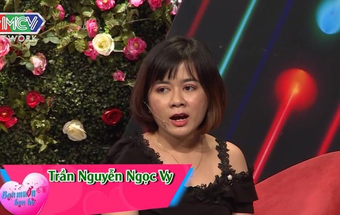 Quyền Linh 'đứng hình' với anh chàng 28 tuổi vẫn thích 'sờ ti' mẹ ở show hẹn hò - ảnh 3