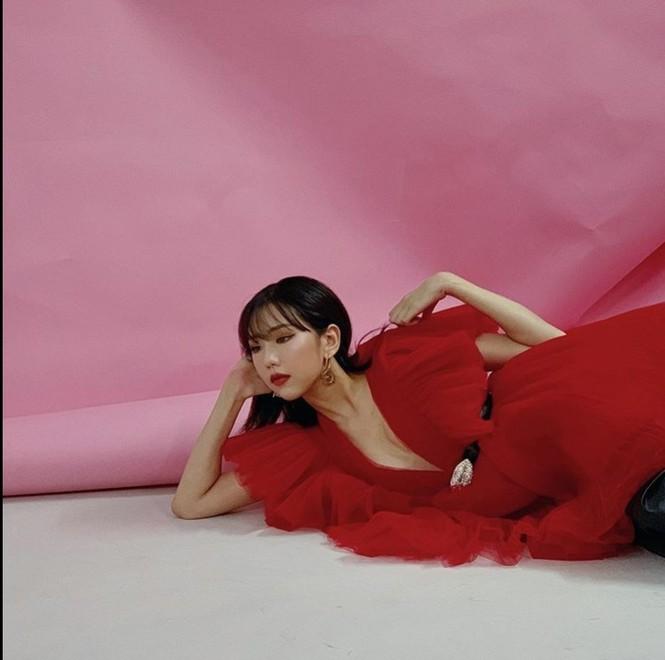 Hòa Minzy kiệt sức, tiêm 15 mũi thuốc/tuần  - ảnh 8