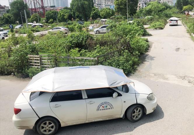 7 sân dạy lái xe 'chui' hoạt động giữa Hà Nội: Buông lỏng quản lý hay làm ngơ? - ảnh 1