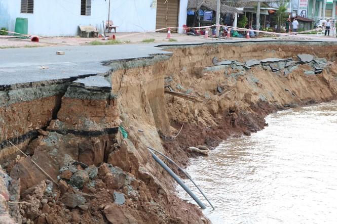 Đề xuất hàng trăm tỷ giải cứu quốc lộ ở An Giang đang bị sông 'nuốt chửng'  - ảnh 1
