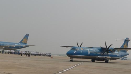 Chùm ảnh: Tiễn đưa Đại tướng tại sân bay Nội Bài - ảnh 9