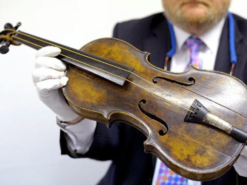 Cây đàn violin của nhạc trưởng Wallace Hartley
