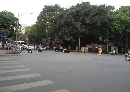 Mọi ngả đường dẫn về Nhà tang lễ Quốc gia Hà Nội đều được phân luồng thông thoáng