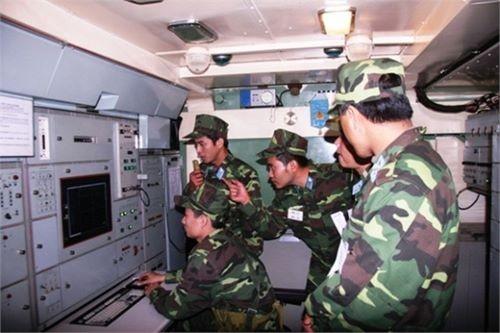 Hình ảnh tên lửa Việt Nam chưa từng công bố - ảnh 18