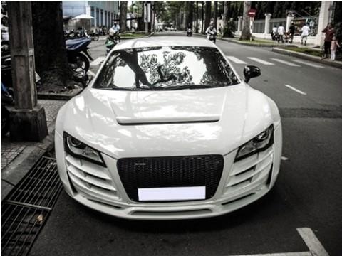 Audi R8 Twin Turbo độ độc đáo tại Việt Nam - ảnh 1