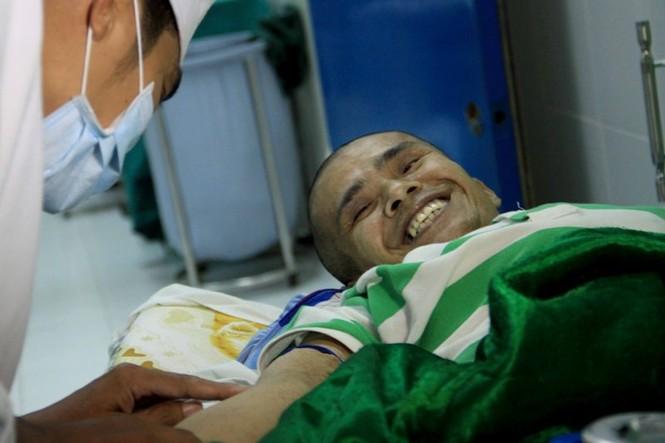 Nguyễn Duy Hải lần đầu tiên về TPHCM để chụp MRI xác định khối u