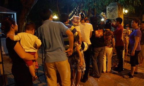 Người dân Hà Nội vẫn tới nhà Đại tướng - ảnh 10