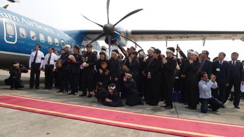 Chùm ảnh: Tiễn đưa Đại tướng tại sân bay Nội Bài - ảnh 7