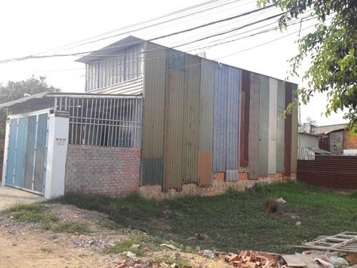 TPHCM kỷ luật nhiều lãnh đạo liên quan xây dựng trái phép ở huyện Bình Chánh  - ảnh 2