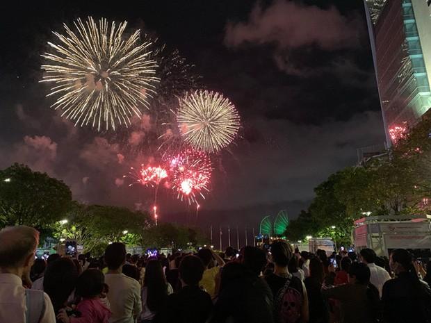 Các sự kiện tổ chức bắn pháo hoa ở TPHCM thường thu hút rất đông người dân và du khách đến thưởng thức