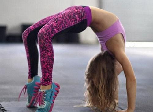Ngỡ ngàng trước cô bé 9 tuổi sở hữu thân hình 6 múi - ảnh 3