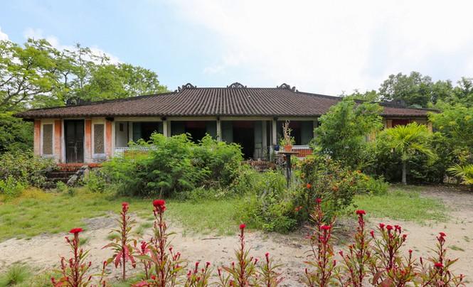 Ngôi nhà cổ kiến trúc Huế có hơn trăm cột ở miền Tây - ảnh 1