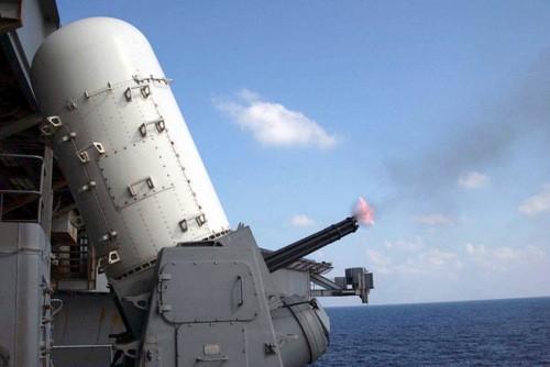 Lỗ hổng phòng thủ chí mạng trên tàu sân bay 4 tỷ USD của Anh - ảnh 1