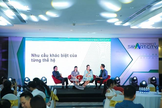 Hoa hậu Ngô Phương Lan: 'Công nghệ thông minh giúp gia đình gần nhau hơn' - ảnh 2