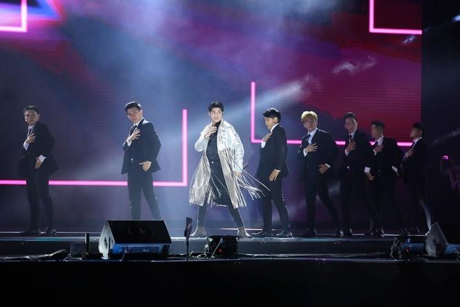 Ai sẽ là ngôi sao của Đại nhạc hội Love Songs Party cuối tuần này? - ảnh 1