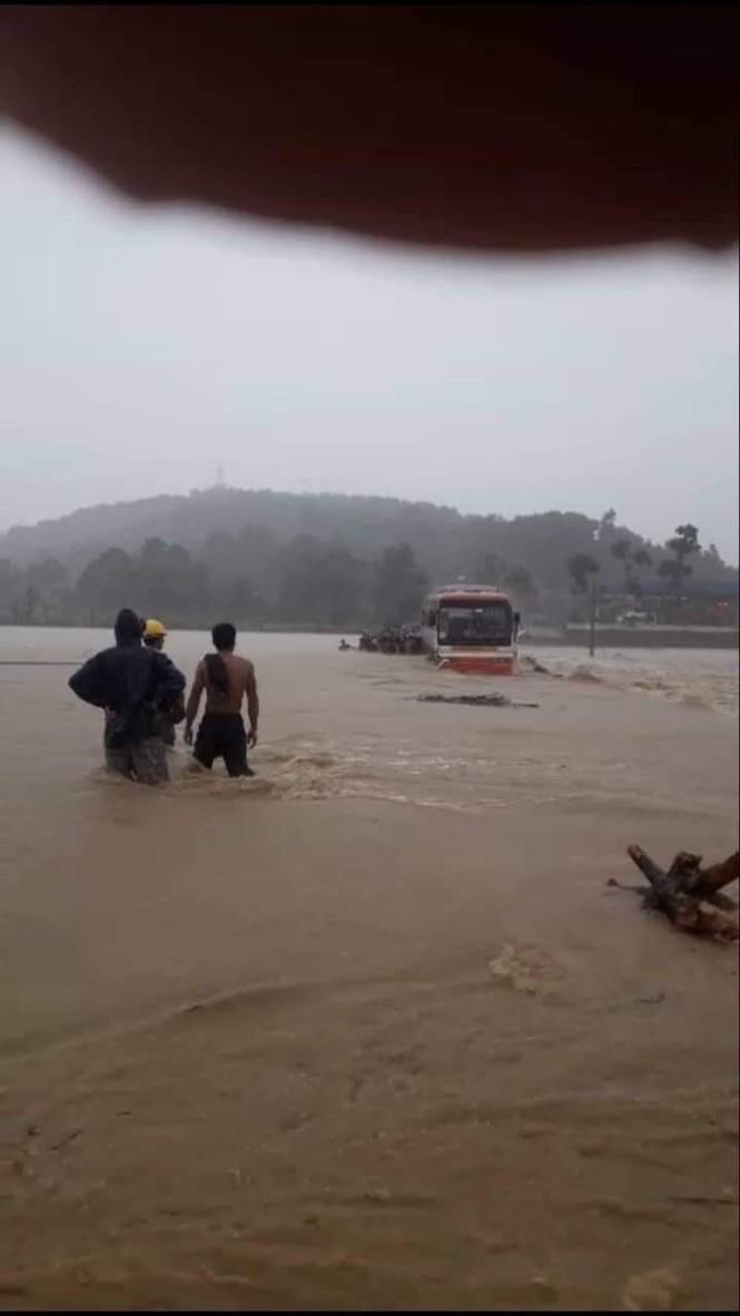 Thanh Hóa nhiều nơi lại ngập lụt, thiệt hại do mưa bão số 4 - ảnh 6