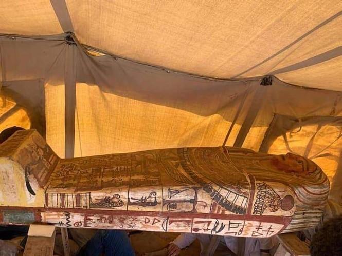 Ai Cập: Khai quật gần 30 quan tài hơn 2500 tuổi - ảnh 1