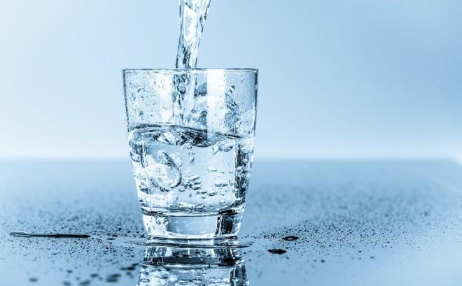 Uống nước xong có những dấu hiệu này, đi khám ngay kẻo muộn - ảnh 2