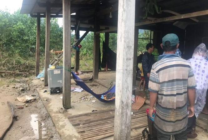 Hàng trăm hộ dân Quảng Nam trắng tay sau khi thủy điện xả lũ - ảnh 1