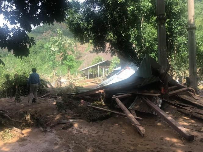 Hàng trăm hộ dân Quảng Nam trắng tay sau khi thủy điện xả lũ - ảnh 6
