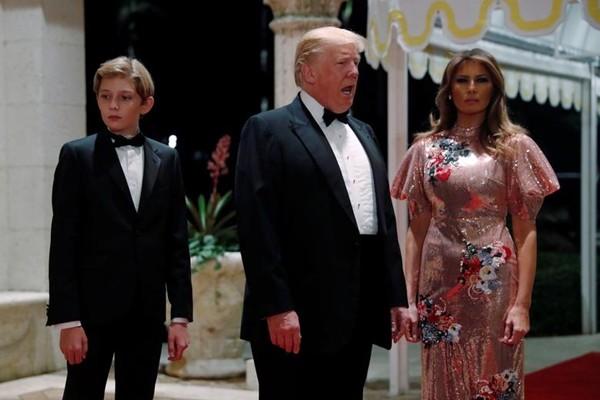 Đường về nhà của Tổng thống Trump không dễ: Hàng xóm quanh nhà đề nghị cấm ông về đó sống - ảnh 3