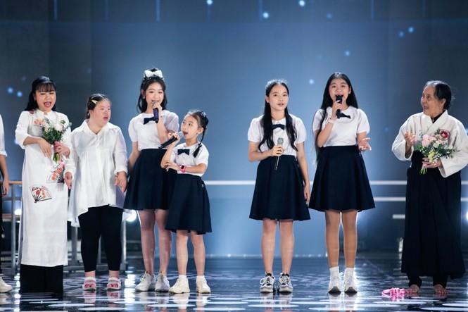 Tiết mục xúc động nhất đêm Chung kết Hoa hậu Việt Nam 2020 - ảnh 11