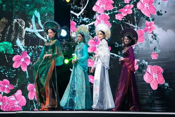 Hoa hậu Đỗ Mỹ Linh ăn chay 2 ngày để ngồi kiệu rồng hóa Thánh Mẫu tại Chung kết HHVN 2020 - ảnh 1