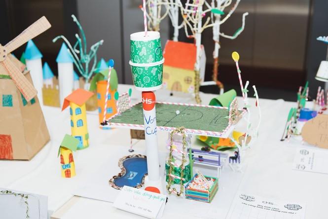 Độc đáo những ngôi nhà, thành phố tương lai được làm từ vật liệu tái chế - ảnh 4