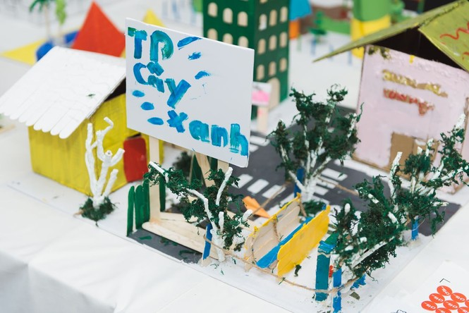 Độc đáo những ngôi nhà, thành phố tương lai được làm từ vật liệu tái chế - ảnh 8
