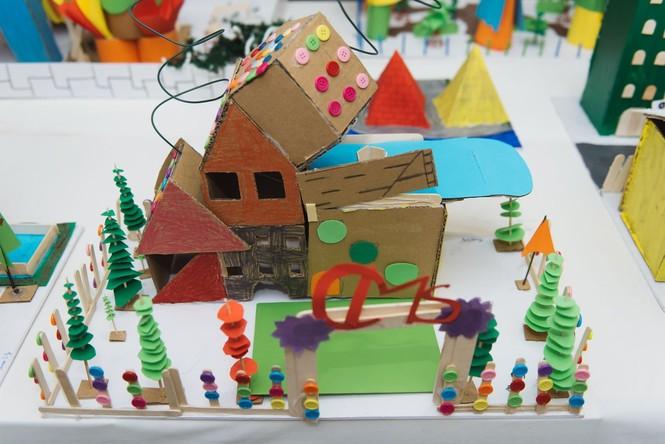 Độc đáo những ngôi nhà, thành phố tương lai được làm từ vật liệu tái chế - ảnh 9