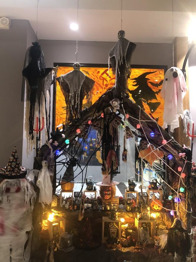 Tham gia đại tiệc Halloween tưng bừng trong... nhà sách - ảnh 5